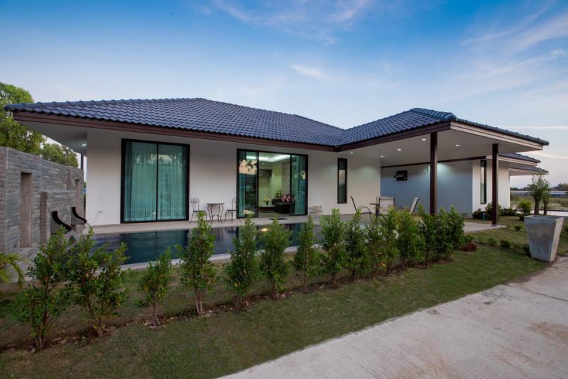 MILPOOL VILLAS – 3 bed villa for sale in Nong Kae, Hua Hin