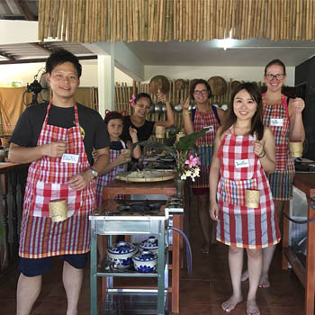 900 THB Thai Cooking Class at Bamboo Thai Cooking School Hua Hin & Cha Am – Friday 24th August 2018
